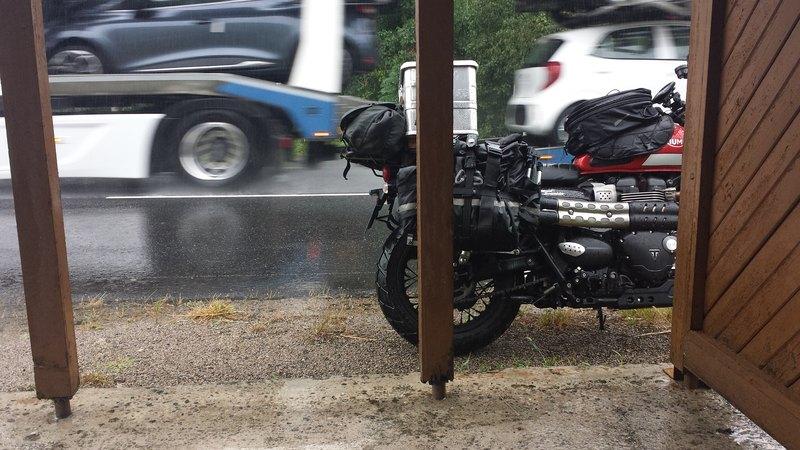 Triumph 900 Scrambler Kaki  Trip_mt_aigoual_11082018_n07